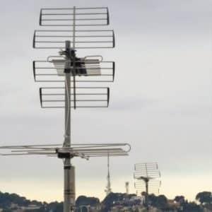 Antena Tdt y repetidor de television