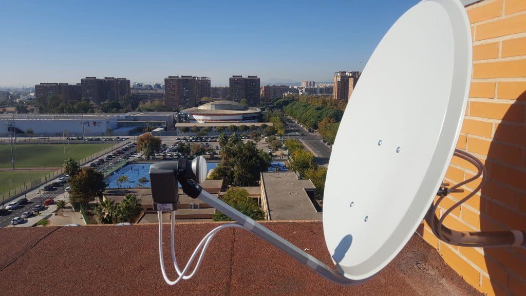 Antena parabolica con Lnb Doble en Valencia